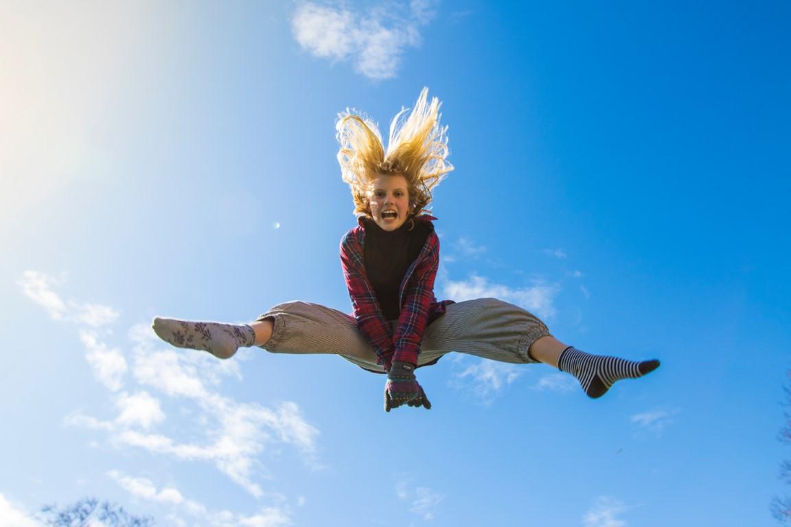 Jumping Girl - Topline Trampolines